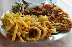 Seafood plate for two