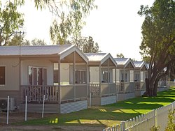 Riverfront Cabins - 'Your Adventure is our Dream'
