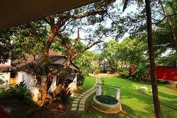 OYO 9826 Garden Villa
