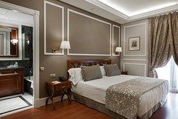 加泰羅尼亞科爾特斯酒店