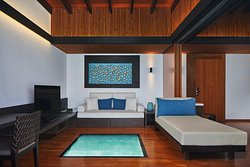 The Westin Maldives - Overwater Suite, Living Room