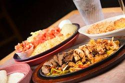 Dos Hombres Restaurant Clifton