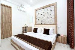 OYO 11882 Hotel Krishna