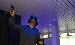 Ein Besucher im VR-Funpark