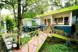 OYO 4651 Woodpecker Resort