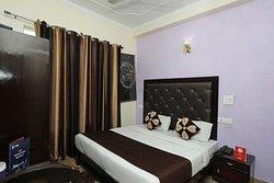 OYO 9092 Hotel Vishla Palace