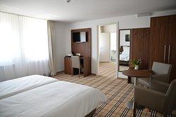 FrankAir Star Hotel