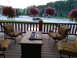 Outdoor seating area / firepit table