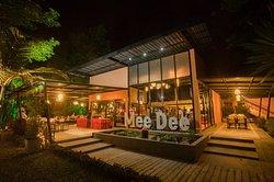 Mee Dee Restaurant