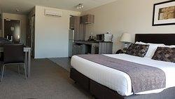 Ramada Suites by Wyndham Queenstown Remarkables Park