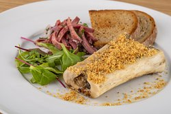 ROASTED MARROW BONE, with parmasan cheese, smoked beef tongue and pickled shallots with herbs