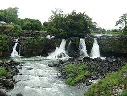 Ayutsubo Waterfall