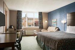 Days Inn by Wyndham Willoughby/Cleveland
