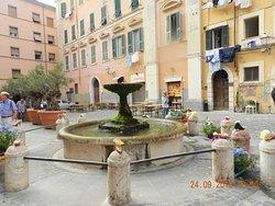Piazza Leandra