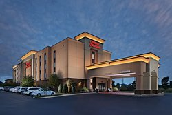 Hampton Inn & Suites Millington