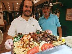 Τέλειο φαγητό, υπέροχο περιβάλλον, εξαιρετικές τιμές!!!