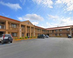 Americas Best Value Inn - Kingsville