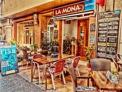 Bistro La Mona