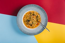 Vegetable minestrone with barley