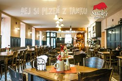 Suzie's Steak Pub