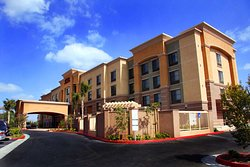 Hampton Inn & Suites Seal Beach