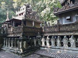 U Min Tone Ze Cave on the helf way to Sagaing Hill.