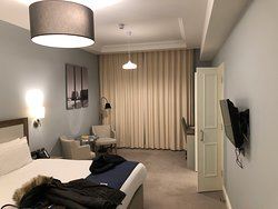 Yarrow hotel