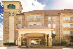 La Quinta Inn & Suites Dallas South-DeSoto