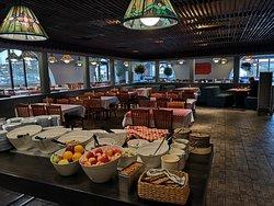 Nonno's Eatary & Lounge