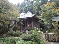 Sankaku Shrine