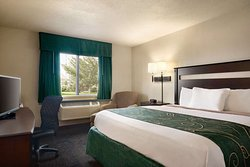 Travelodge by Wyndham Jefferson City