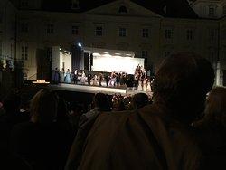 Oper im Kaiserhof