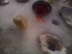 le ostriche (l'hamburger l'ho mangiato subito e non l'ho fotografato, ma è straordinario)
