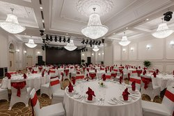 Ballroom is fully equipped with modern facilities and suitable for business events or meeting.
