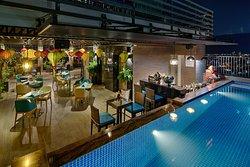 Pool Bar & Coffee