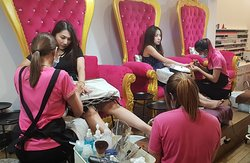 Come with friends...Mani + Pedi + Gel nails (Set) Only 1,049B