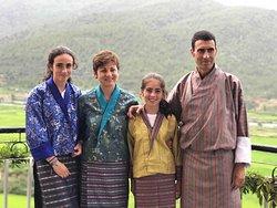 Beautiful Italian Family in Traditional Guo & Kira