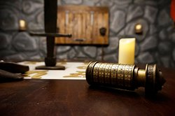 Labyrinth Games Room Escape
