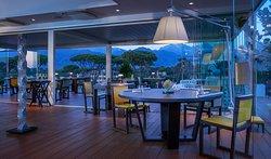 Lux Lucis Restaurant