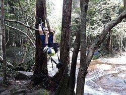 Trakking in waterfall