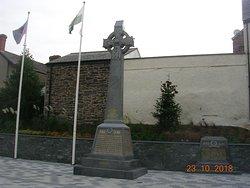 Centenary Square War Memorials (Llangollen Town Centre)
