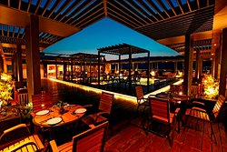 Roof Top Restaurant - Urban Table