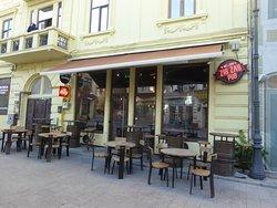 Zig Zag Pub