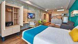 City Express Suites Cancún Aeropuerto