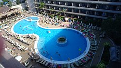 Strong 4 stars hotel, not too bad for 1st stay in Canary Islands