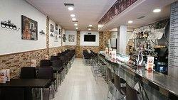 Cafe Bar El Filo de la Navaja
