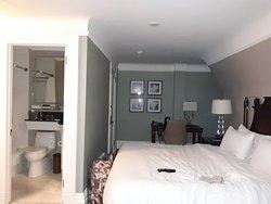 """Les chambres de catégorie """"supérieure"""" sont minuscules, comment sont les moins chères?"""
