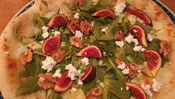 Très bonnes pizzas dans un cadre sympa !