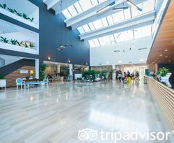 Lobby at the Grand Palladium Palace Ibiza Resort & Spa
