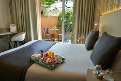 Chambre double avec terrasse hôtel à 10 minutes de Vlance